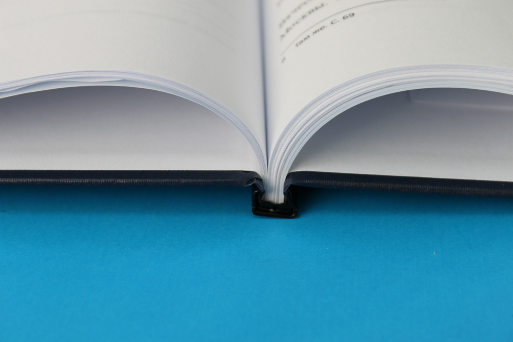 Переплет дипломов цены на твердый переплет диплома брошюровка  Твердый переплет дипломов и диссертаций